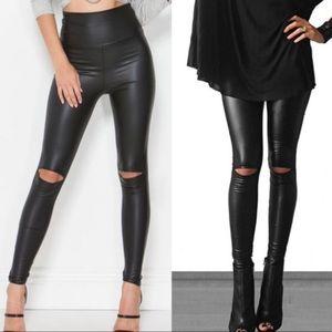 Fashionomics faux leather slit knee leggings md